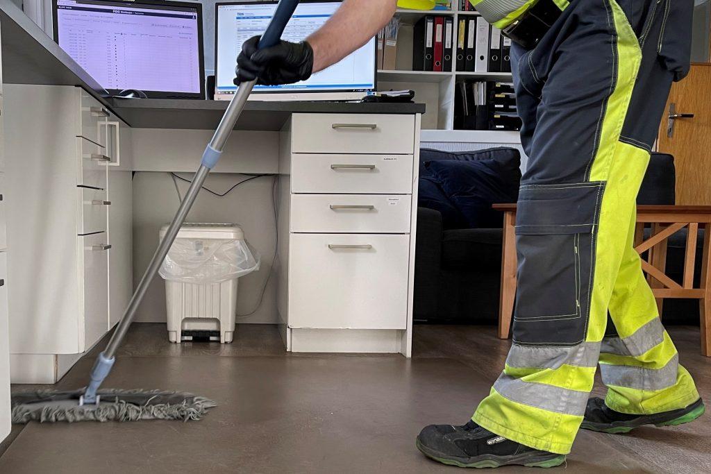Daglig renhold av kontor